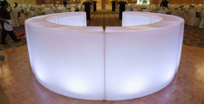 illuminated bar 1