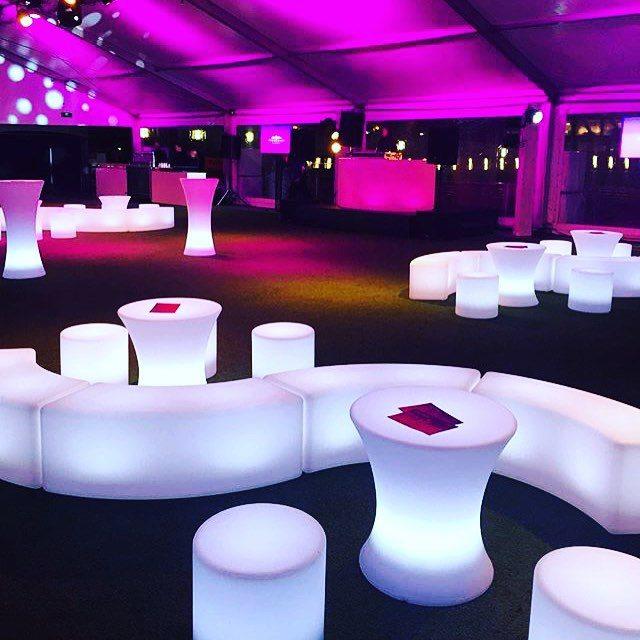 illuminated-small-bar-tables