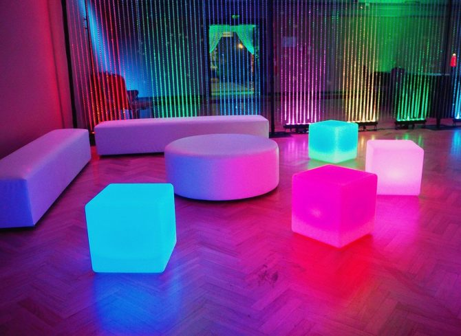 1970s-party-theme-illuminated-furniture