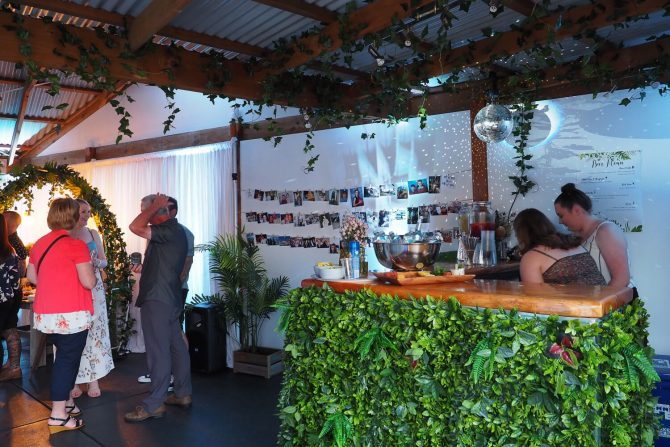 vine covered bar and photoboard for hire melbourne