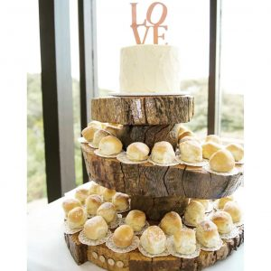 rustic_cake_stand_hire