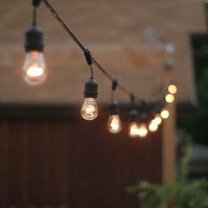 vintage-festoon-lighting-outside