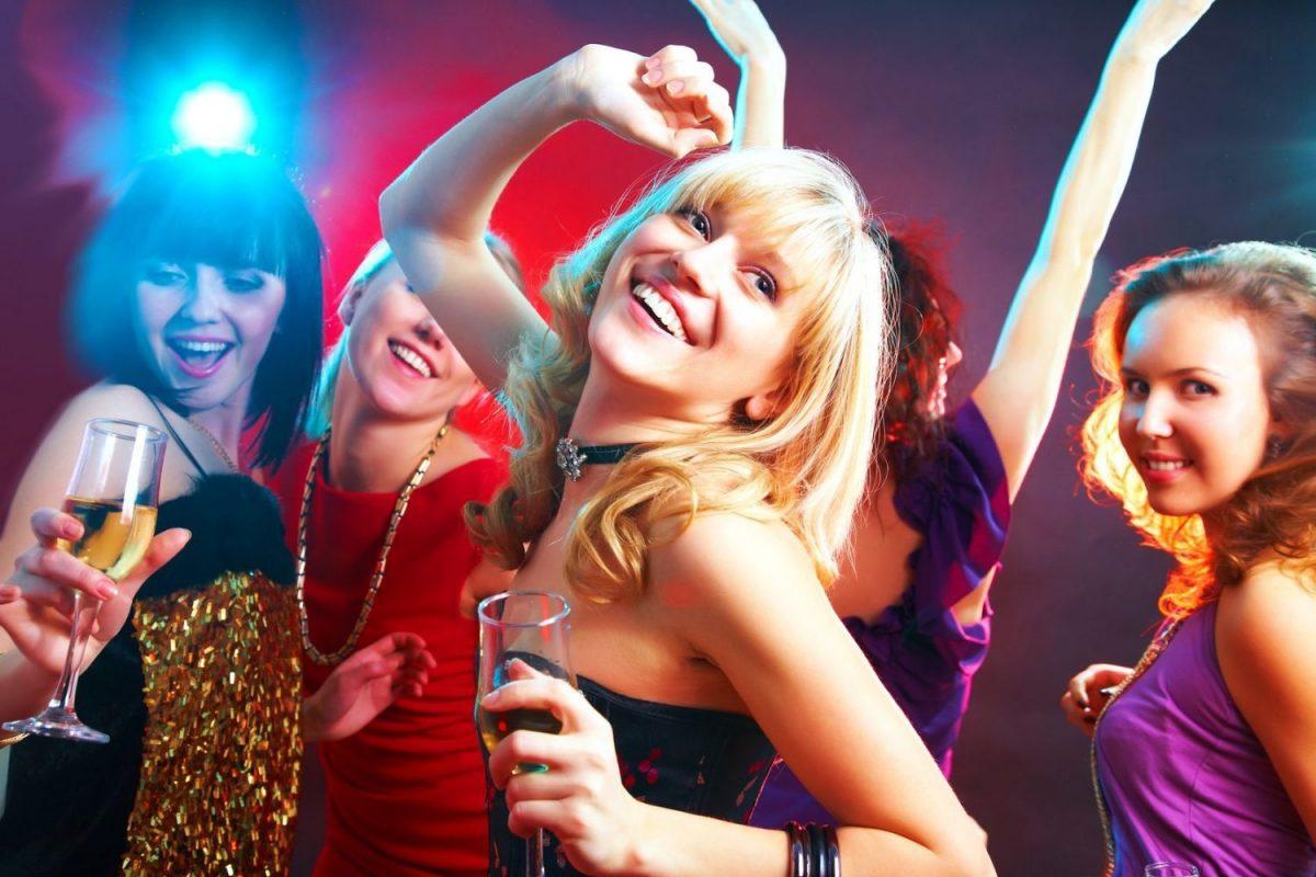 Телочки на дискотеках, Порно Вечеринки. Смотреть порно ролики онлайн 26 фотография
