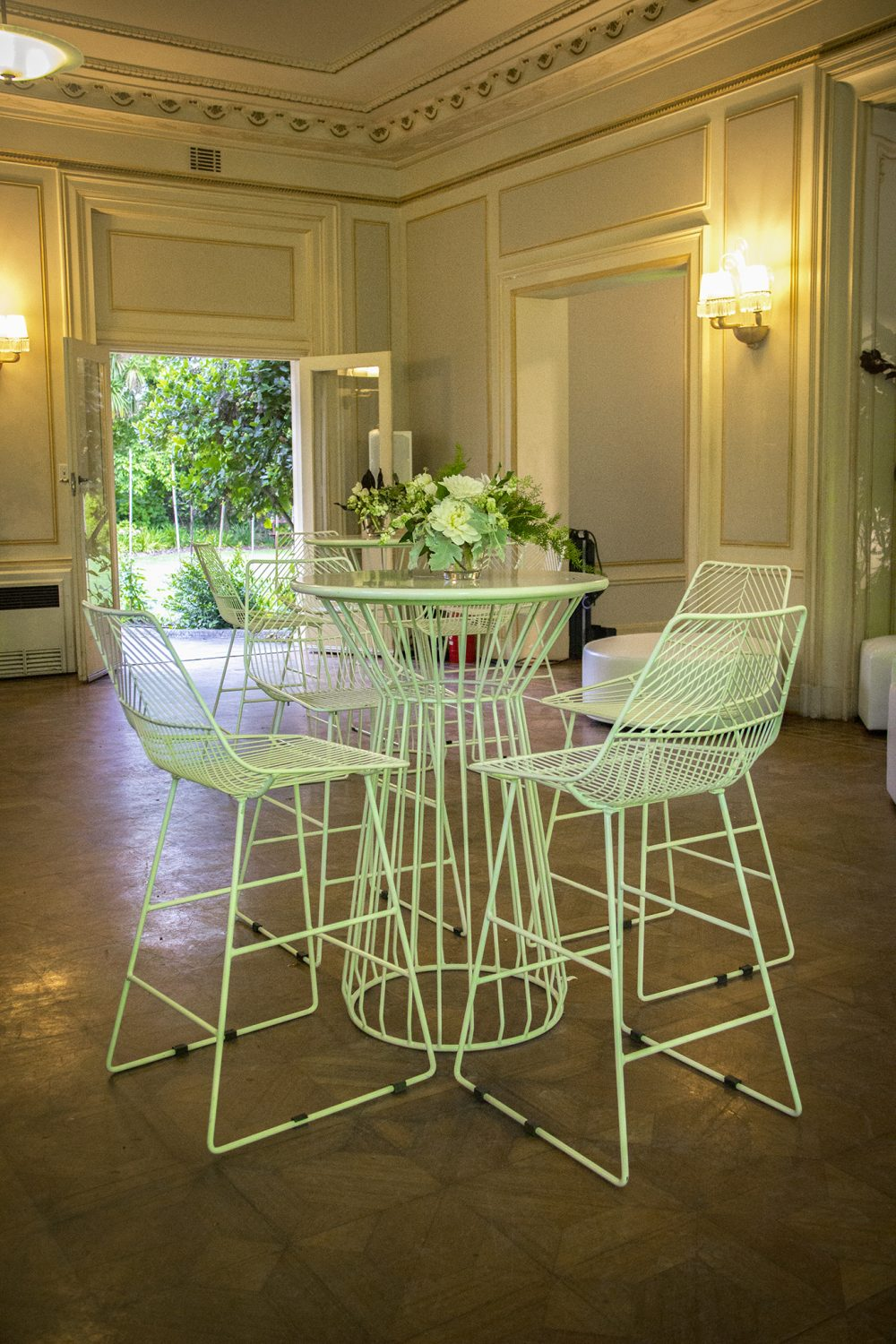 Wire Bar Table White Feel Good Events