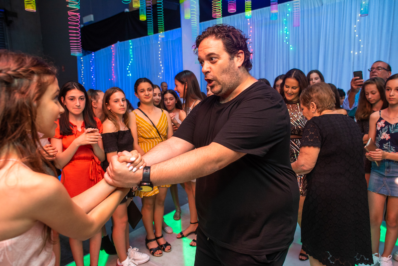 Jennas bat mitzvah on the dance floor 2
