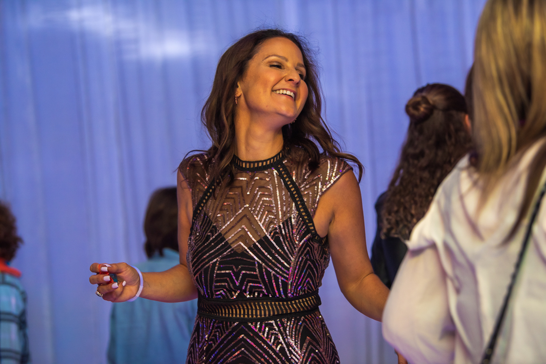 Jennas bat mitzvah on the dance floor 6