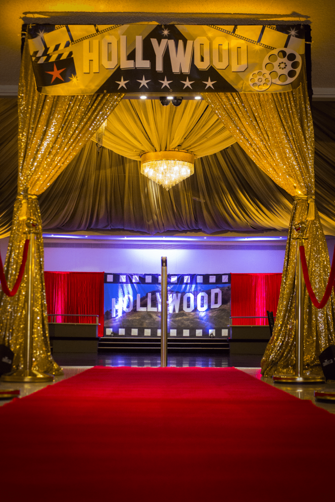 Entrance Banner - Hollywood