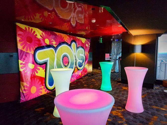 Illuminated-Round-Bar-Table-Feel-Good-Events