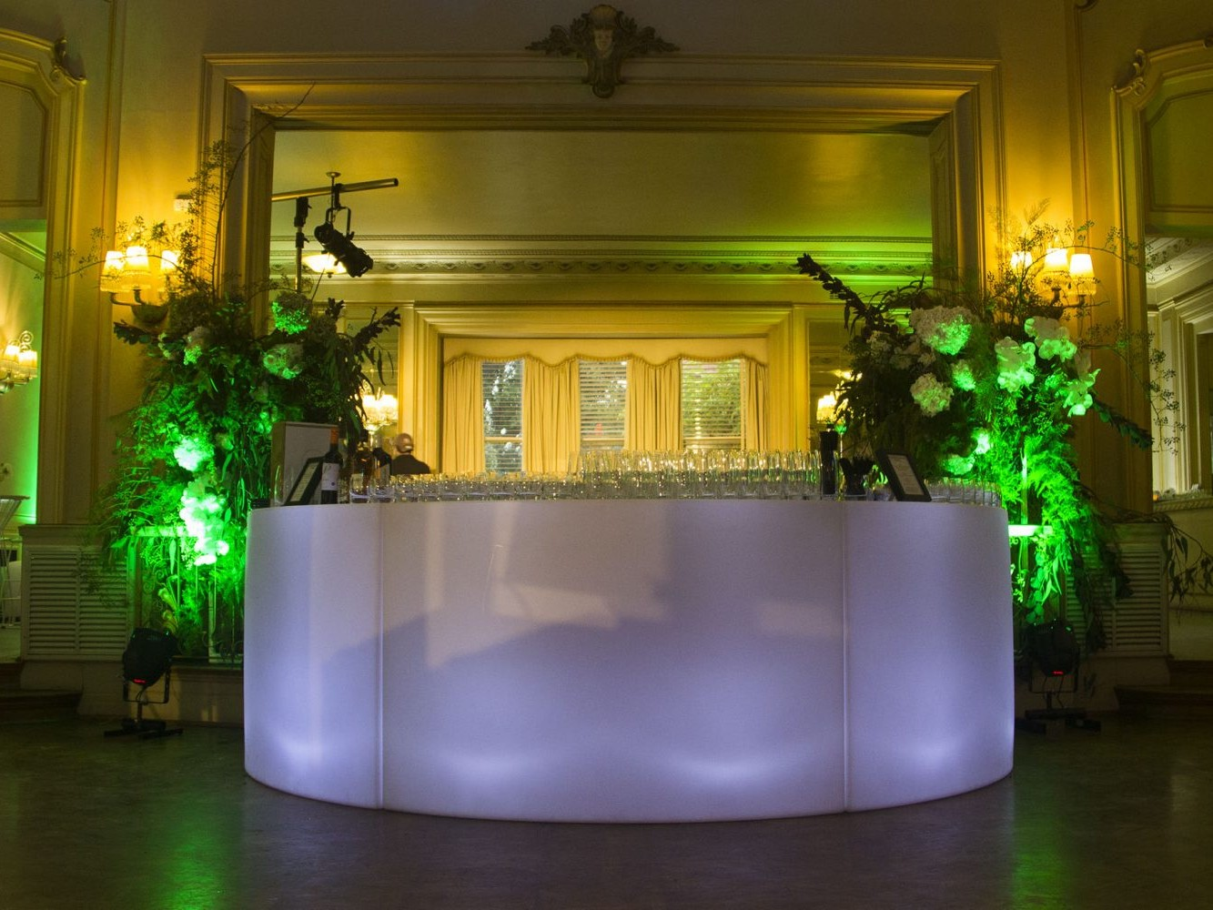 Curved Bar Hire