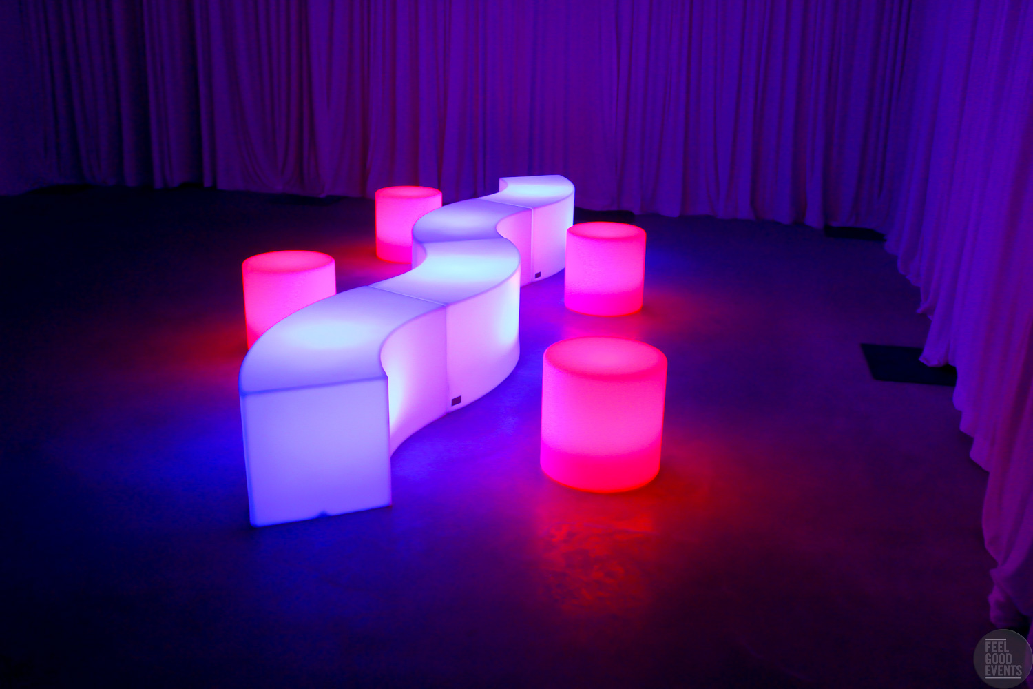 house-party-illuminated-furniture-bundle-2-hire-melbourne-side-angle-blue-and-pink-glow.