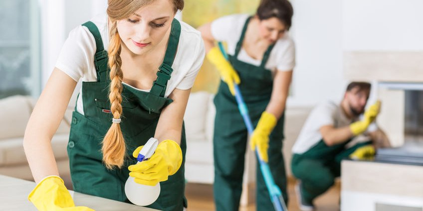 party cleaners in melbourne cleaning up after a party