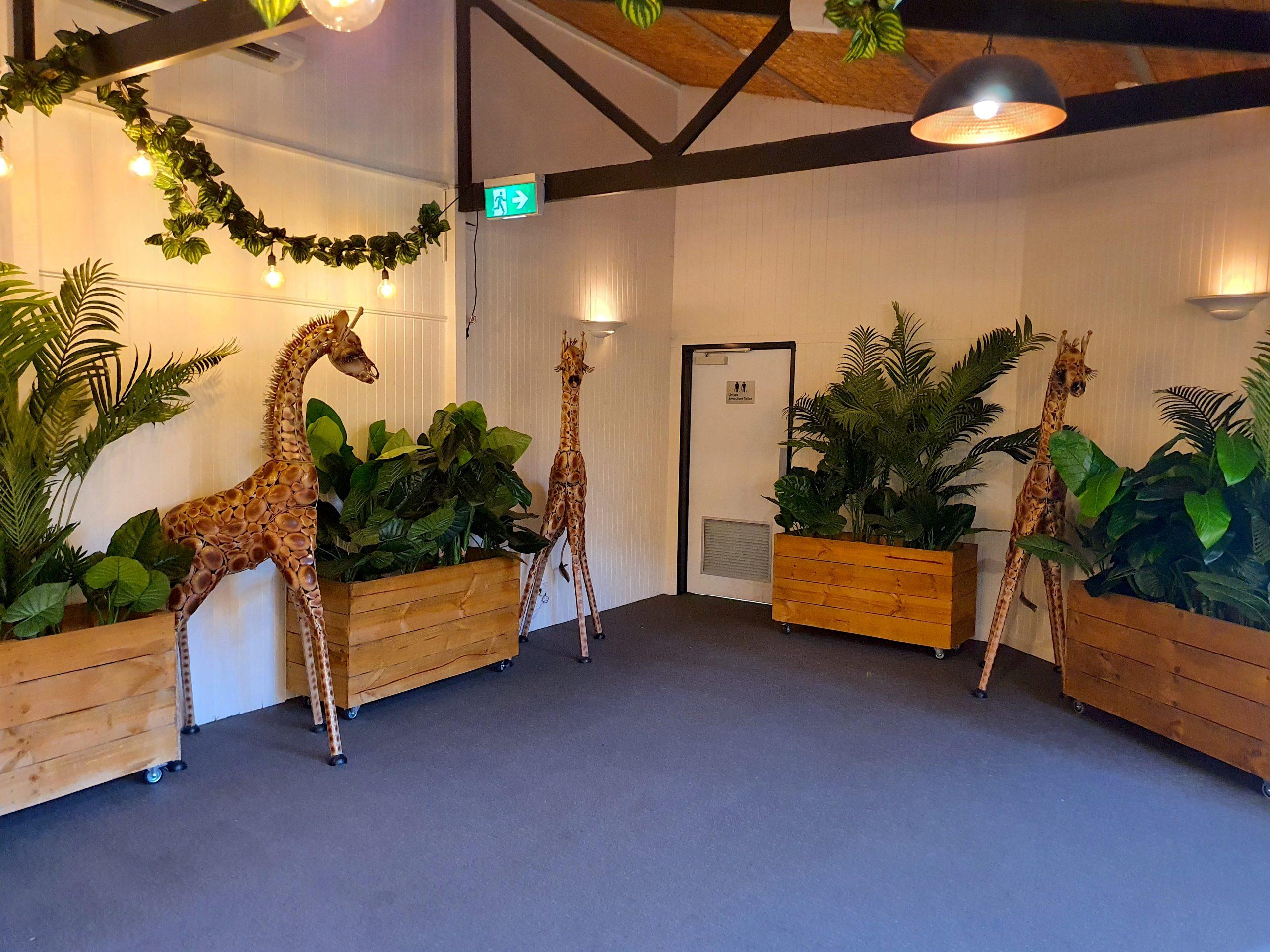 Giraffes-Prop-Hire