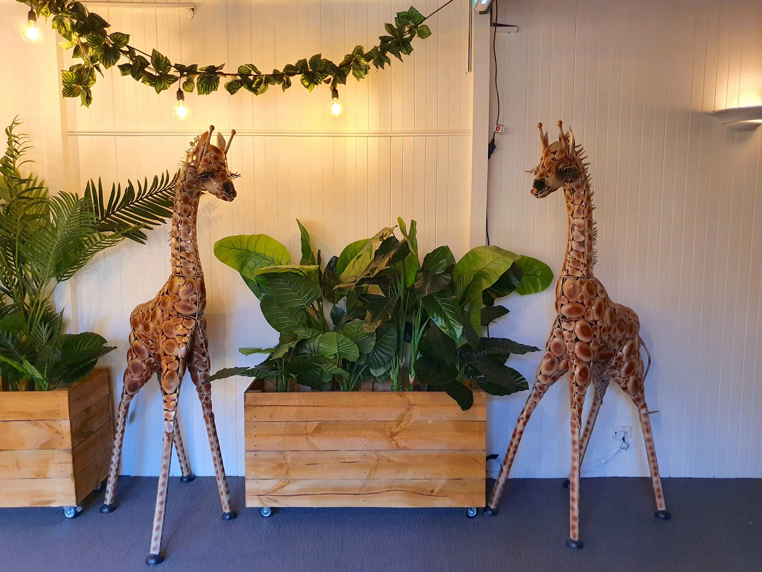 Large-Giraffe-Prop-Hire