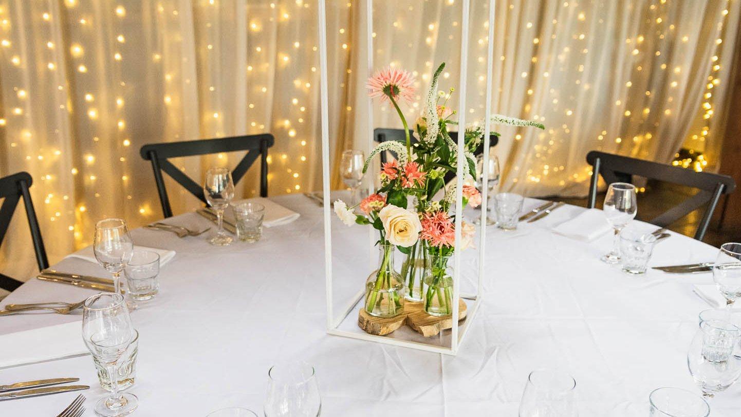 Fergusson winery wedding table setting