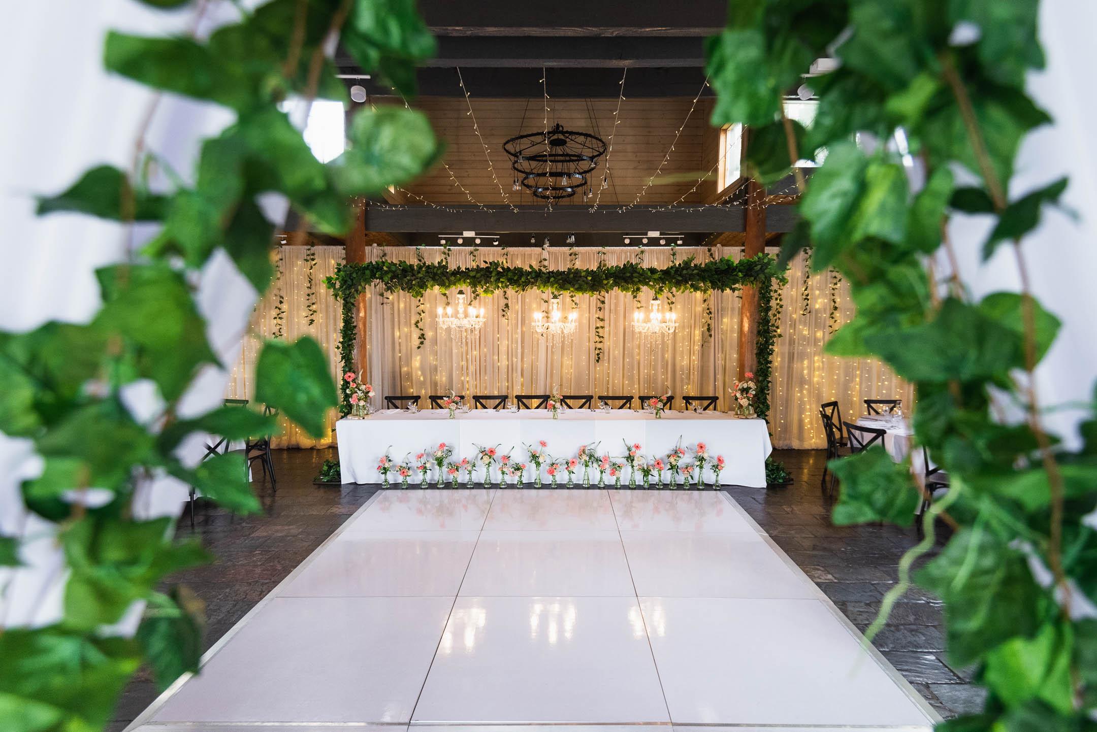 Fergusson winery bridal table setting