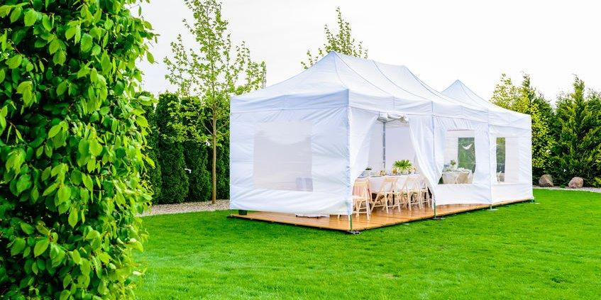 cheap marquee set up