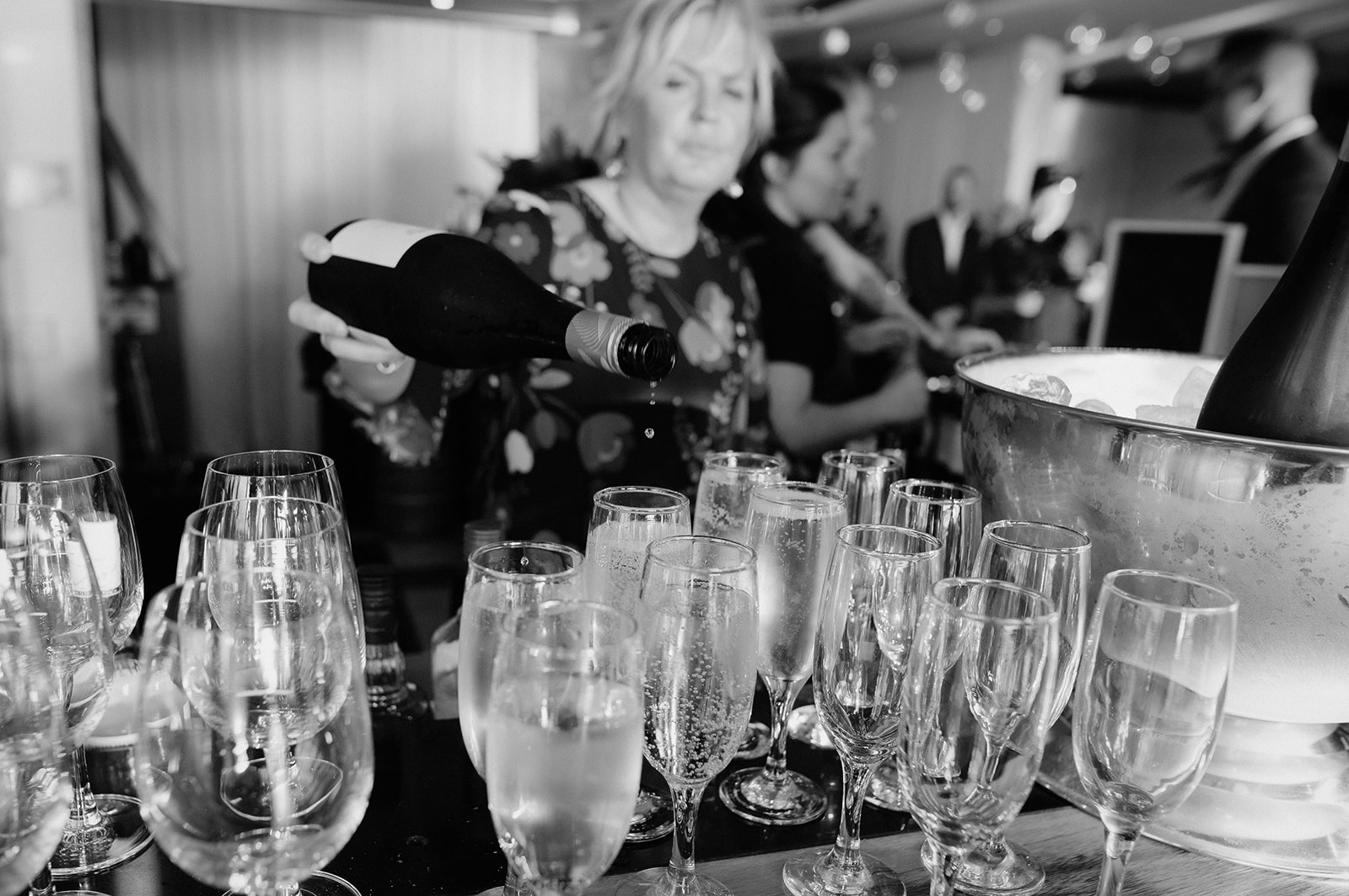 cocktail and champagne for tropical style wedding